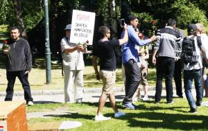 Unge muslimer i Oslo møtte sommeren 2013 muslimfiendtlige aktivister med roser.hadde ventet.